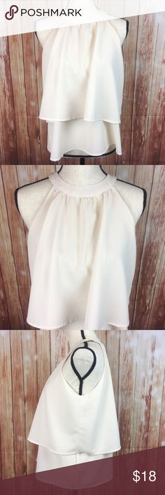 398f904334 Paper Crane Anthropologie Cream Halter Blouse Size  Women s Medium Brand  Paper  Crane Style   JC10341B Condition  Excellent