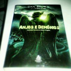 Anjos e Demonios (Dan Brown)