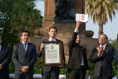 En el marco del centenario de la Universidad Michoacana, se destacó el valor histórico, cultural y educativo de la máxima casa de estudios de los michoacanos; el alcalde, Alfonso Martínez ...