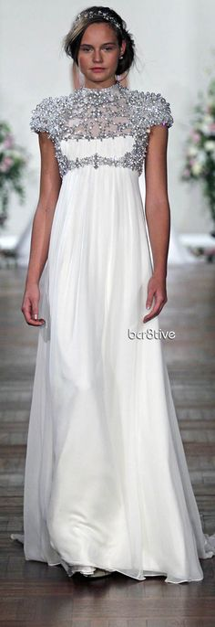 Jenny Packham Rapuzel wedding dress, from the Spring/Summer 2014 collection. Image courtesy of Jenny Packham. Jenny Packham Wedding Dresses, Jenny Packham Bridal, Bridal Dresses, Bridesmaid Dresses, Beautiful Gowns, Beautiful Outfits, Gorgeous Dress, Beautiful Life, Wedding Dress Styles