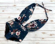 Swimsuit One Piece High Waisted Vintage Style Retro Pin-up Maillot - Navy Blue Pink White Cream Floral Print Plunge Bathing Suit Swimwear