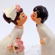 Fugi's wedding cake topper @www.etsy.com/ca/listing/271335284.