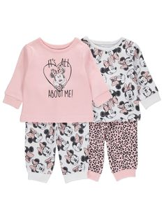 Help your little sweetheart drift off to Disney dreams, by kitting them out in these soft, cotton-rich pyjamas. Mix and match the long sleeve tops and full-l. Stroller Strides, Cute Babies, Baby Kids, Baby Bath Seat, Stroller Cover, Baby George, Reborn Toddler, Baby Development, Kids Pajamas