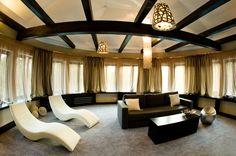 Przykład fotografii przedstawiąjcej wnętrze pomieszczenia