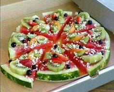 Fruit Pizza w coconut shavings