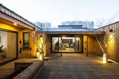 카페 같은 분위기의 중정이 있는 대전의 목조 주택 (출처 H.Cho)
