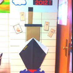 Titanic Unit: door to do for unit Ra Bulletin Boards, School Starts, Social Studies Activities, Unit Studies, Rms Titanic, Classroom Door, Pta, Homeschool, Rocks