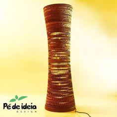 Luminária de mesa Tronco! Linda e sustentável! #decoracaodeinteriores #decoration #designsustentavel #sustentabilidade #sustentability #design #arquitetos #arquitecture #iluminacao #luminarias #luminariassustentaveis #papelao #maternativa #artesanal #designartesanal by pedeideia http://ift.tt/22ukAaE