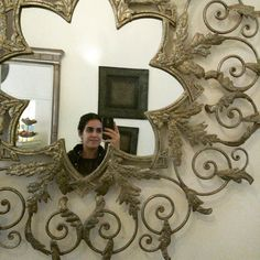 Fell in love with this miror  J'ai eu un coup d' pour ce mirroir  اعجبت كثيرا بهدذه المرآة #mirorselfie #nicedesign #miroir #bohochic #withoummey #enjoyyourlife #itsthesimplethings #simplelife #greenlifestyle #consciouslifestyle #vieplussimple #vieplussaine #faiteslebonchoix #green #greenyoutuber