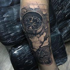 """1,644 curtidas, 32 comentários - UBIRATAN TATTOO ARTIST - C/S (@ubiratanamorim) no Instagram: """"Apoio: ⚜@darktargettattoo @tomhill_blackbird @fitclothingline @darktargettattoo #tattoo…"""""""