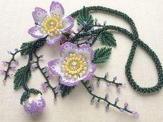 パープルの派手カワボリュームビーズネックレス  #カザリ咲色 #ビーズ #ビーズフラワー #ビジュー #ハンドメイド #ネックレス #手作り #手芸 #アクセサリー #コスチュームジュエリー #bead #beads #bijou #beading #beadedflower #beadswork #beadwork #beadsph #bijoux #beaded #biser #necklace #handmade