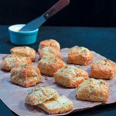 Vinnige skons | Vrouekeur Vinnige skons South African Recipes, Scones, Recipies, Muffin, Baking, Breakfast, Breads, Crochet Patterns, Food