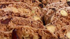 Biscotti with dried fruits Portuguese Desserts, Portuguese Recipes, Cherry Bread, Cookie Recipes, Dessert Recipes, Food C, Recipe For Mom, Cheesecake, I Love Food