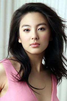 Beautiful Chinese actress - Zhang Yuqi