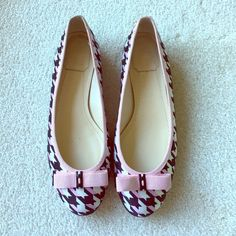 Perfect pair of Christian Dior ballerinas. Perfect pair of Christian Dior ballerinas. Pink and midnight houndstooth print with a pink bow on the top. Dior Shoes Flats & Loafers