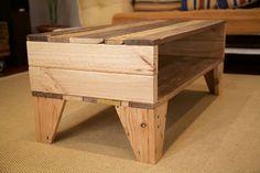 Mesa de centro hecha con palets de madera