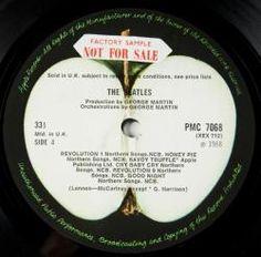 **RINGO STARR'S UK 1st MONO PRESSING WHITE ALBUM NO.0000001 - Price Estimate: $40000 - $60000