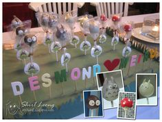 Totoro Cake Pops, from the blog Tales of a Malaysian Guiri. This display was done for a wedding! My Neighbor Totoro, Manga Love, Wedding Favors, Wedding Ideas, 1st Birthday Parties, Cake Pops, Baby Shower, Kids, Children