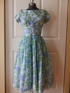 60s Bespoke Ruffled Sleeveless 30 Bust Dress 1960s Handmade Floral Spring Dress Tall XS Ankle-Length Handmade Easter Dress