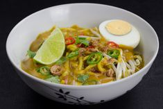 Mee rebus or Mi rebus is a noodle dish that is also one of the most popular in Malaysia and Singapore. This flavourful soup has a thick, spicy gravy and is a street delicacy! (Malaysia)