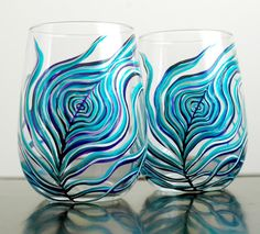 Peacock feather stemless wine glasses