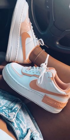 Cute Sneakers, Sneakers Nike, Nike Shoes Air Force, Air Force Sneakers, Sneakers Fashion, Fashion Shoes, White Nike Shoes, Aesthetic Shoes, Hype Shoes