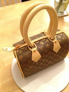 Louis Vuitton Speedy Bag Lemon Cake with Lemon Italian Meringue Buttercream and Lemon Curd Filling. #bags #fashion