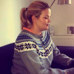 #nancykofta #nancykoften #sister #knits #knitted #knitters #kofte #kofter #mønster #strikkeideer Knitting, Crochet, Instagram Posts, Fashion, Moda, Tricot, Breien, Crochet Crop Top, Chrochet