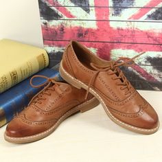 Free shipping! 2014 spring fashion women's genuine leather brogue shoes female classic lace up dress oxfords low heel shoes