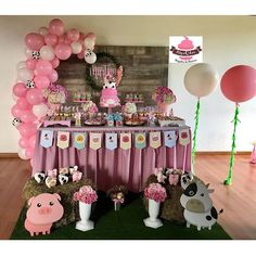 Zenón farm party for a girl 3 Year Old Birthday Party, Rodeo Birthday, Watermelon Birthday Parties, Farm Animal Birthday, Farm Birthday, 1st Birthday Girls, Birthday Party Decorations, Birthday Wishes, Cowgirl Party