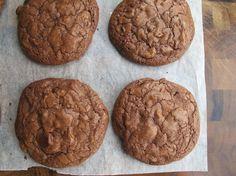 Chocolate Chip Brownie Cookies | Serious Eats