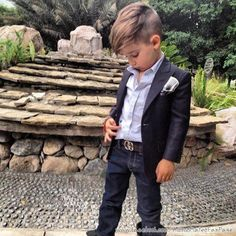 Oh my word this would look so cute on my skinny little Gavin!