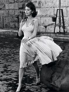 Sophia Loren (1959) | That Kind of Woman dress by Edith Head