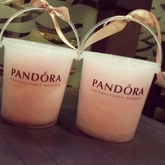Pandora store gives cotton candy!