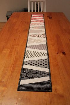 A table runner made using scraps from a new wave quilt - Modern Table Runner And Placemats, Table Runner Pattern, Quilted Table Runners, Patchwork Table Runner, Modern Table Runners, Coffee Desk, New Wave, Tablerunners, Table Toppers
