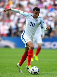 Dele Alli Photos - Dele Alli of England in action during the UEFA Euro 2016 Group B match between England and Wales at Stade Bollaert-Delelis on June 2016 in Lens, France. - England v Wales - Group B: UEFA Euro 2016 Best Football Players, National Football Teams, World Football, Soccer Players, Dele Alli, Tottenham Hotspur Football, England International, England National, Uefa Euro 2016