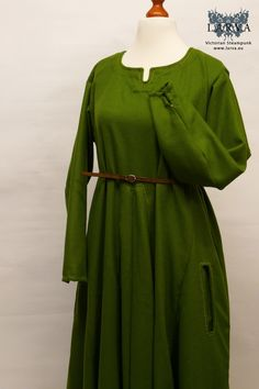 Authentic medieval Herjolfsnes dress