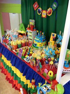 Jasmin M's Birthday / Sesame Street - Photo Gallery at Catch My Party Elmo First Birthday, 3rd Birthday Parties, Birthday Fun, Birthday Ideas, Seasame Street Party, Sesame Street Birthday, Cookie Monster Party, Elmo Party, Sofia Party