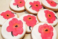 I totally LOVE these Marimekko cookies! Cookie Designs, Cookie Ideas, Cookie Recipes, Fancy Cookies, Sugar Cookies, Flower Cookies, Sugar Flowers, Macaroons, Helsinki