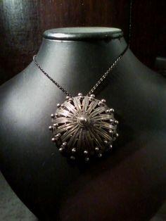 Bottone sardo in argento Filigree Jewelry, Jewellery, Metal Working, Delicate, Chain, Beads, Diamond, Silver, Gold