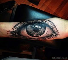 Realism Eyes Tattoo by Mikael de Poissy Eye Tattoo On Arm, Arm Tattoos, I Tattoo, Cool Tattoos, Amazing Tattoos, Tatoos, Future Tattoos, Tattoos For Guys, Tattoo Images