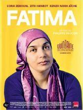 Fatima vit seule avec ses filles : Souad, adolescente en révolte, et Nesrine, en première année de médecine. Fatima maîtrise mal le français et le vit comme une frustration dans ses rapports quotidiens avec ses filles. Toutes deux sont sa fierté, son moteur, son inquiétude aussi. Afin de leur offrir le meilleur avenir possible, Fatima travaille comme femme de ménage avec des horaires décalés. Un jour, elle chute dans un escalier.