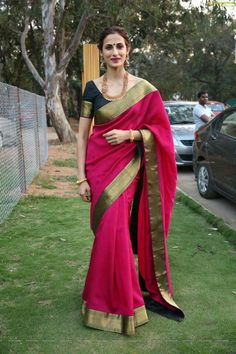 Want to know about quality Latest Elegant Designer Indian Saree and items like Latest Elegant Designer Sari plus Elegant Design Sari Blouse then you'll like this CLICK VISIT link to read more indianfashion South Indian Sarees, Indian Silk Sarees, Indian Dresses, Indian Outfits, Modern Saree, Indian Look, Saree Dress, Sari Blouse, Stylish Sarees