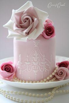 gorgeous cake!!