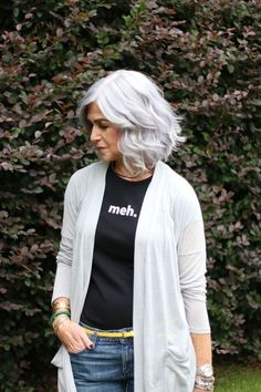 Trendy hair white color older women ageless beauty Natural White Hair, Grey White Hair, Long Gray Hair, Silver Grey Hair, Grey Hair Inspiration, Grey Makeup, Hair Makeup, Salt And Pepper Hair, Beautiful Old Woman