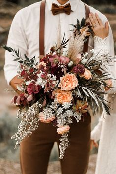 15 Stunning Wedding Bouquets - Belle The Magazine Wild rustic Wedding Bouquet with peach and burgundy flowers - Wild Love Photography Fall Wedding Bouquets, Fall Wedding Colors, Floral Wedding, Rustic Wedding, Bridal Bouquets, Autumn Wedding Flowers, Autumn Wedding Ideas, Boho Wedding, Autum Wedding