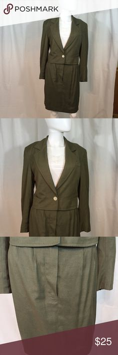 Skirt and jacket two piece suit. Short jacket,  front buttoning and zip skirt Skirts Skirt Sets