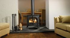 Stockton 8 double sided stove - This double sided configuration does not allow the incorporation of full cleanburn technology the stove still includes an airwash system to keep the glass clean. The Stockton 8 Double Sided Stove will provide you with a si Double Sided Log Burner, Wood Fuel, Multi Fuel Stove, Double Sided Fireplace, Wood Burner, Fireplace Design, Fireplace Ideas, Home Decor Inspiration, Hearth