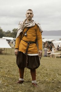 Actual Viking Clothing: Note Eastern Influence Trousers