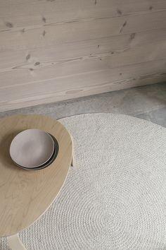Chalk Braid - Armadillo Floor Rug